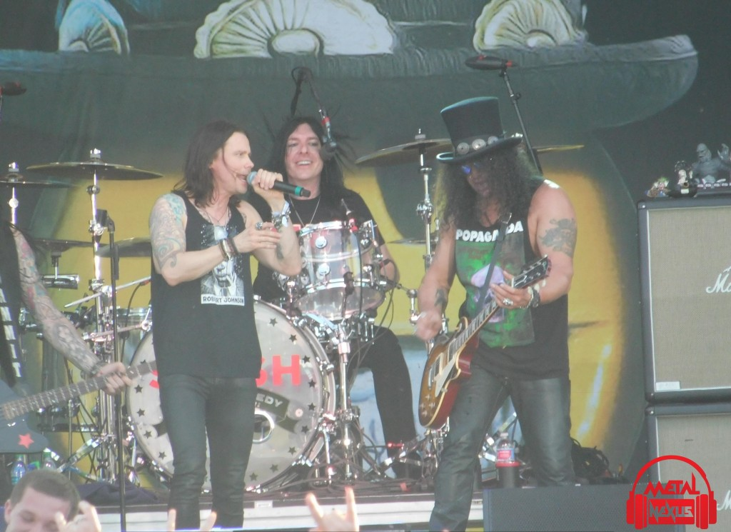 Slash & Myles Kennedy with The Conspirators