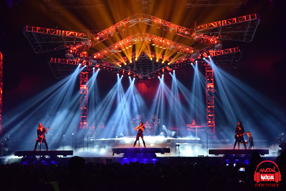 """Show Review of Trans-Siberian Orchestra's """"The Ghosts of Christmas ..."""